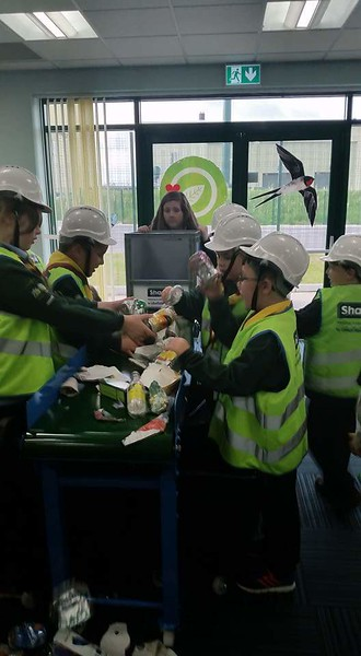 CUBS: Visit to Shanks Recycling Centre