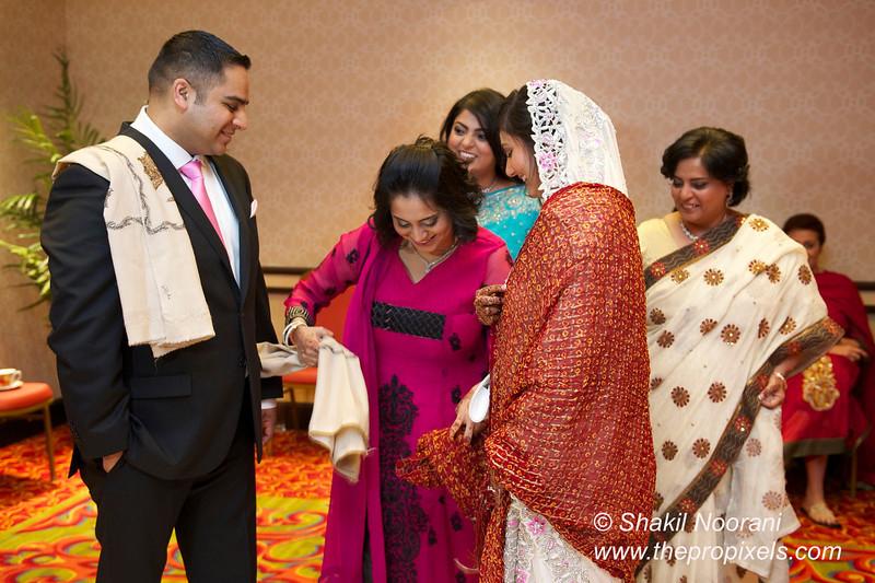 Naziya-Wedding-2013-06-08-01878.JPG