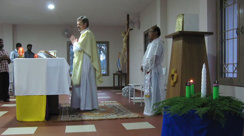 Fr. Zbigniew (l) and Fr. Kus.