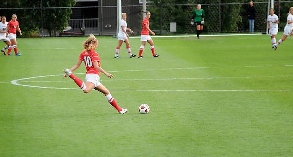 Women's Soccer - Gonzaga University at Seattle University - September 30, 2011 - featuring Cricket Harber