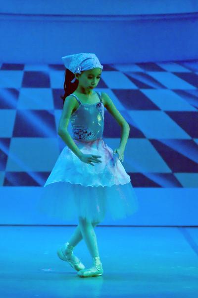 livie_dance_051714_11.jpg