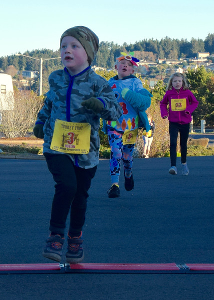 Turkey trot - 13.jpg