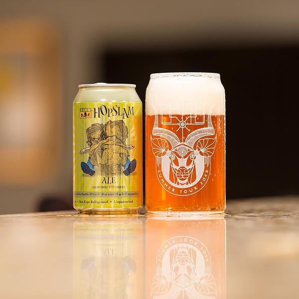 Bell's Hopslam #dipa #bellsbrewery #hopslam #beerporn #beerphotography #craftbeer #phishglass