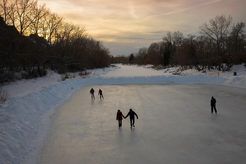 RiverCafe_Skating_ZHT1295.jpg