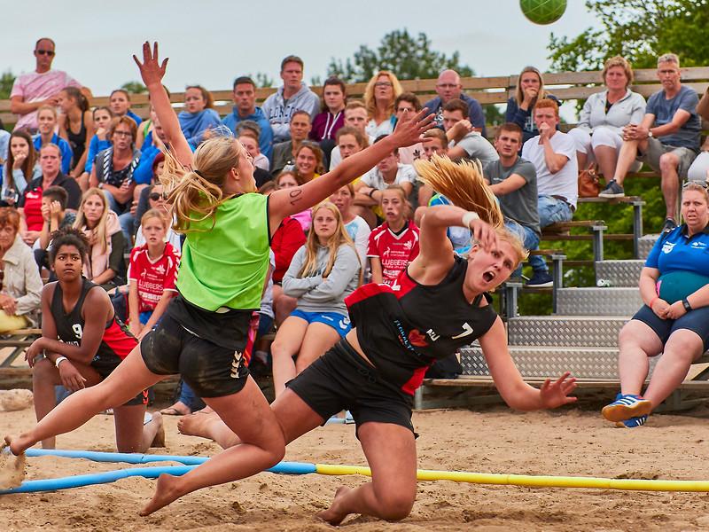 Molecaten NK Beach Handball 2017 dag 1 img 585.jpg