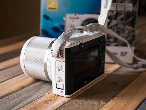 01-19-2014 Nikon 1 AW1