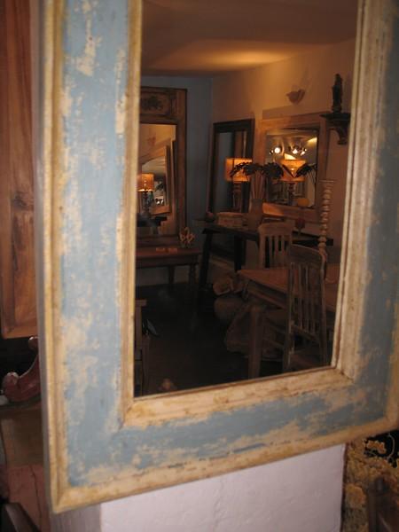 16-MC Blue white mirror (2).jpg