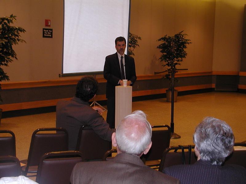 2004-04-18-Notable-Speaker-Series_029.jpg