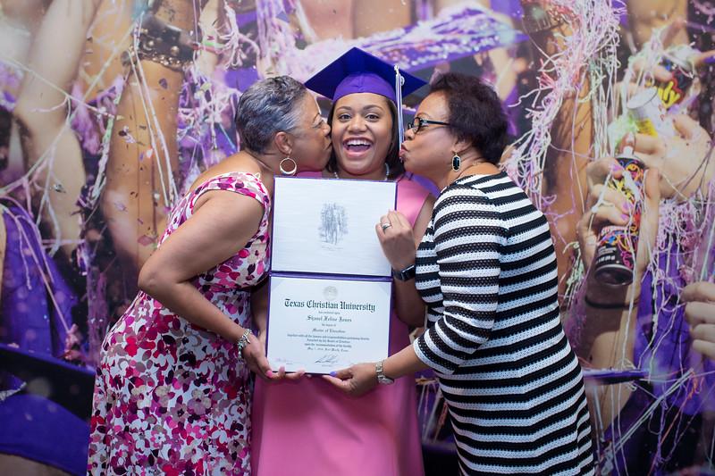 Shanel's TCU Graduation-074.jpg