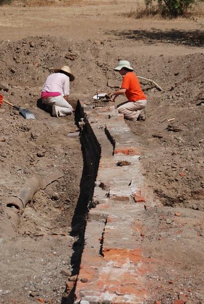 2010-07-02_LASHP_Archeology_13.JPG