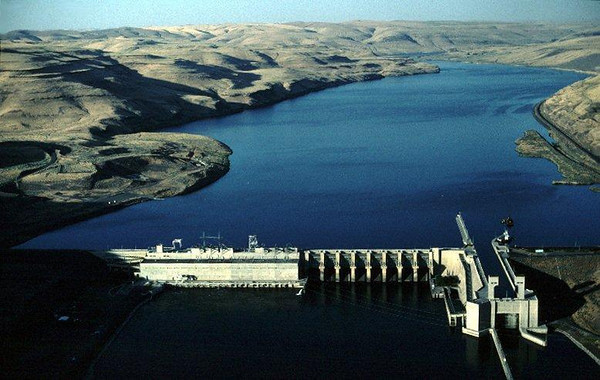 Lower Monumental Dam on the Snake River, WA