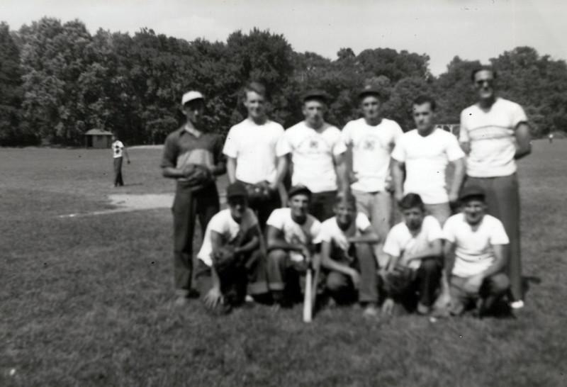 1940 Baseball Team Bob Phillips Manager.jpeg