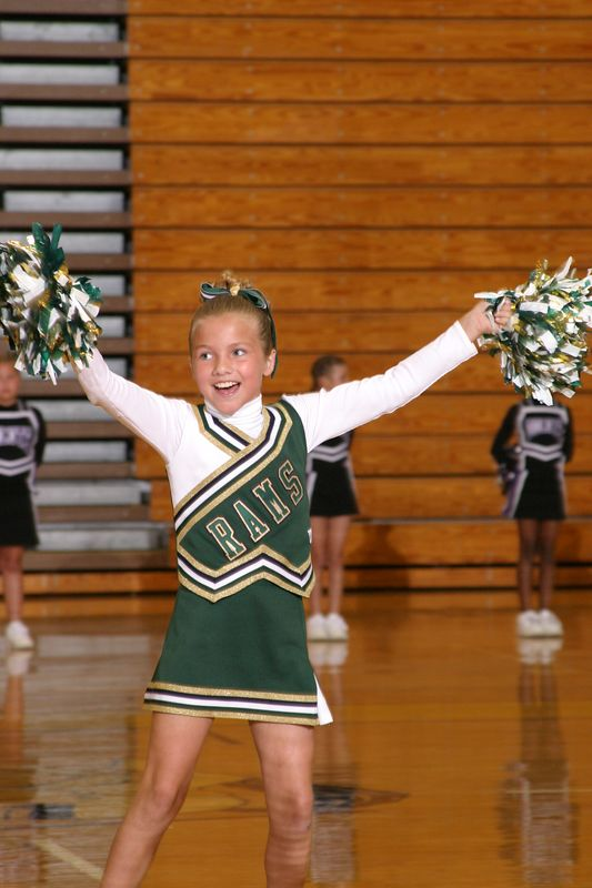 Grayson East(Cheer-off 4th grade 10-3-04)