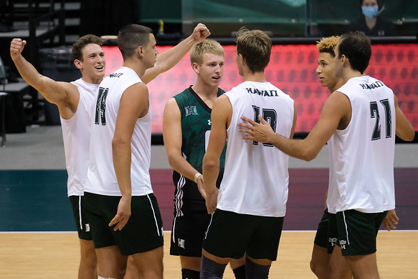 Hawaii Takes Down The Tritons In 4