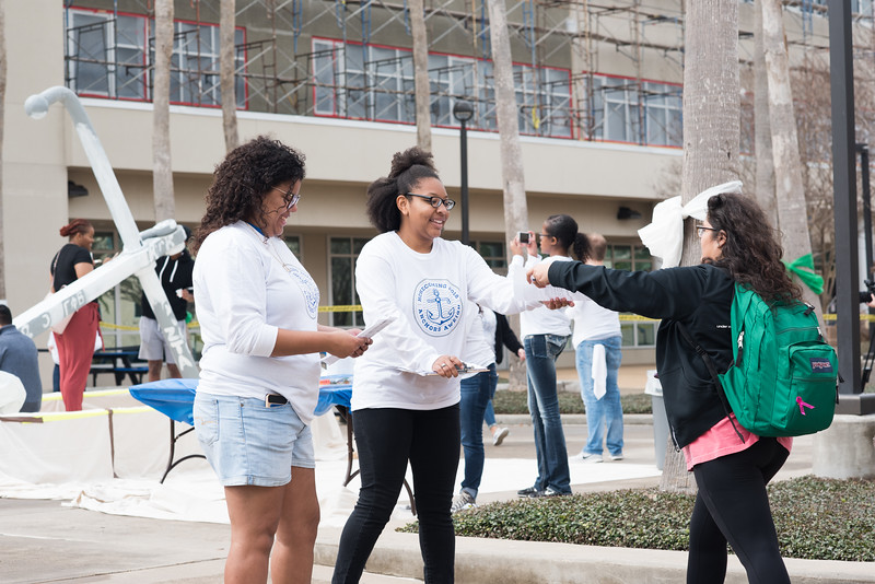Students prepare for Anchors Aweigh by turning in their waivers to work with other students to paint the anchor.   Click on the link for more information on upcoming Homecoming events: http://bit.ly/18fYq5V