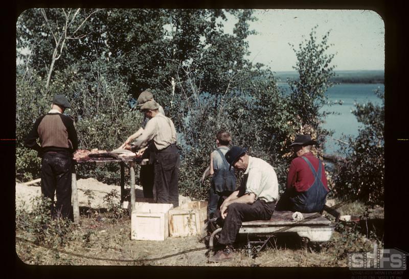 Commercial fish dressing - Island Lake. Goodsoil. 08/18/1945