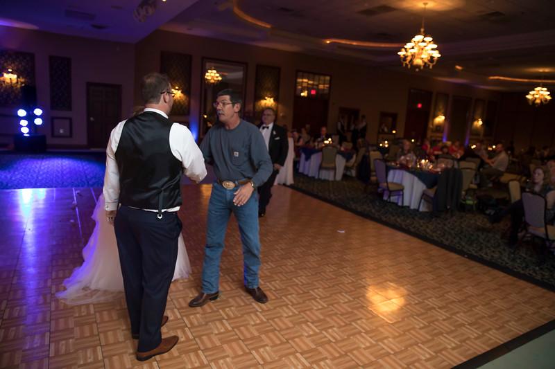 Amanda & Tyler Wedding 0781.jpg