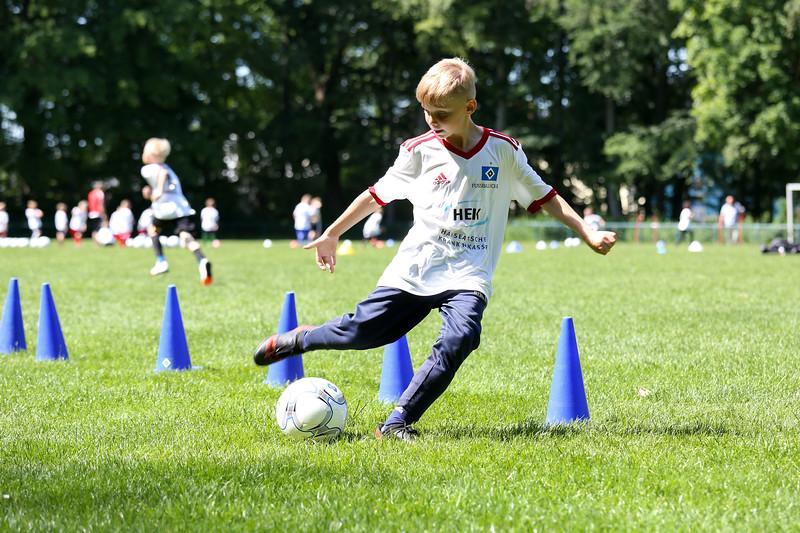 hsv_fussballschule-473_48047957291_o.jpg