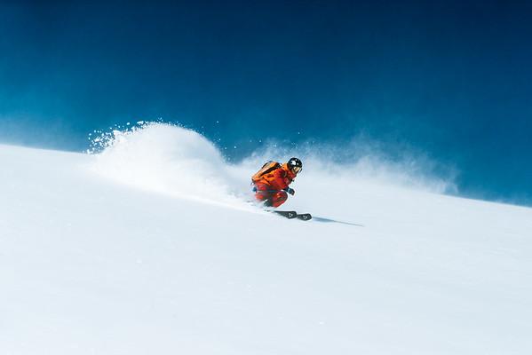 Renoun Skis