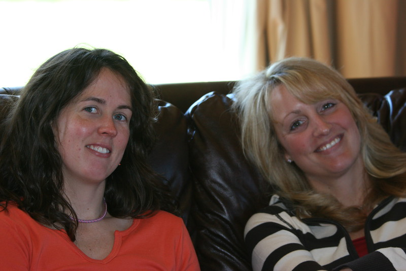 Catherine & Caroline - Thanksgiving '06