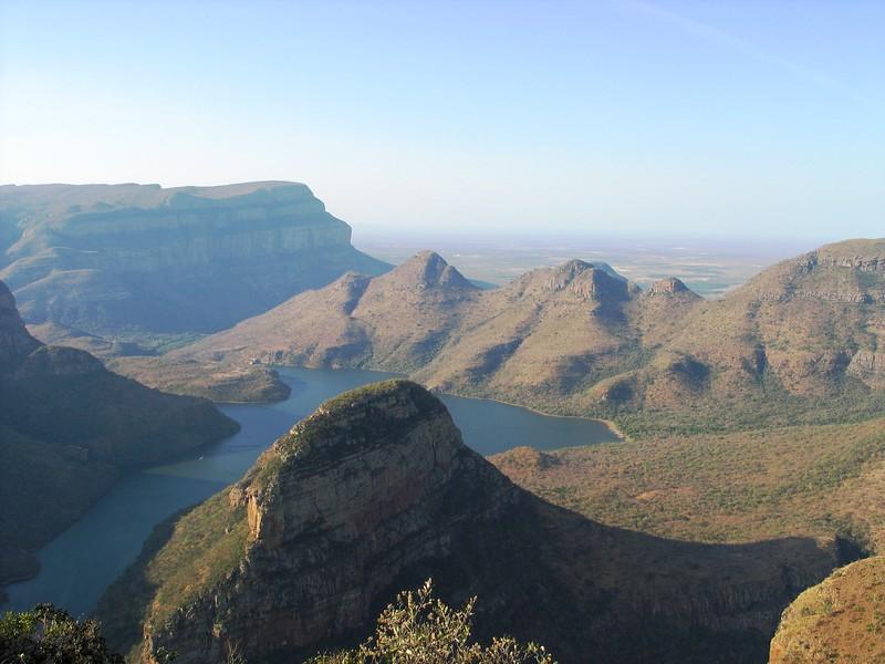 Drakensburg Mountains (7).jpg