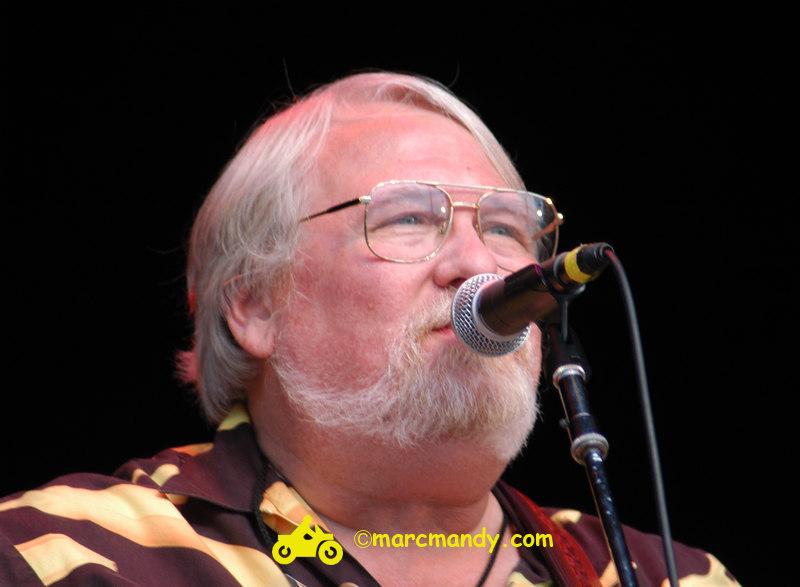 Phila Folk Fest- Sun 8-28 542 Modern Man.JPG