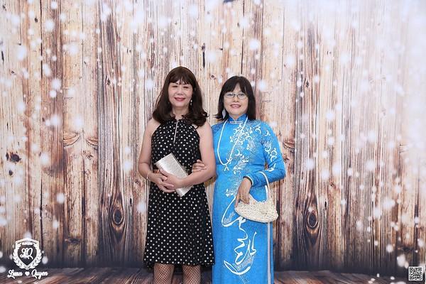 L&Q Wedding instant print photo booth @ Capella Park View | Chụp hình lấy li�n in ảnh lấy ngay Tiệc cưới tại TP HCM | WefieBox Photobooth Vietnam