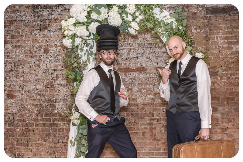 Laren&Bob-Wedding-Photobooth-211.jpg