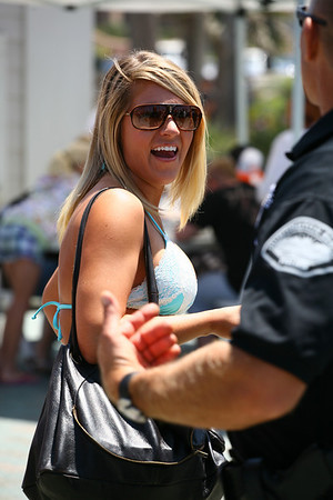 Bikini shots at 2010 US Open at Huntington Beach