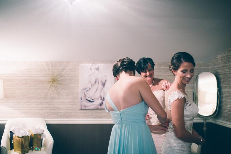 Philadelphia Wedding Photographer - Bernreuther-199.jpg