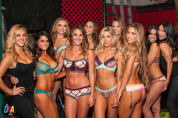Holiday Bikini x Fashion Show x Savoy  11.9.2013