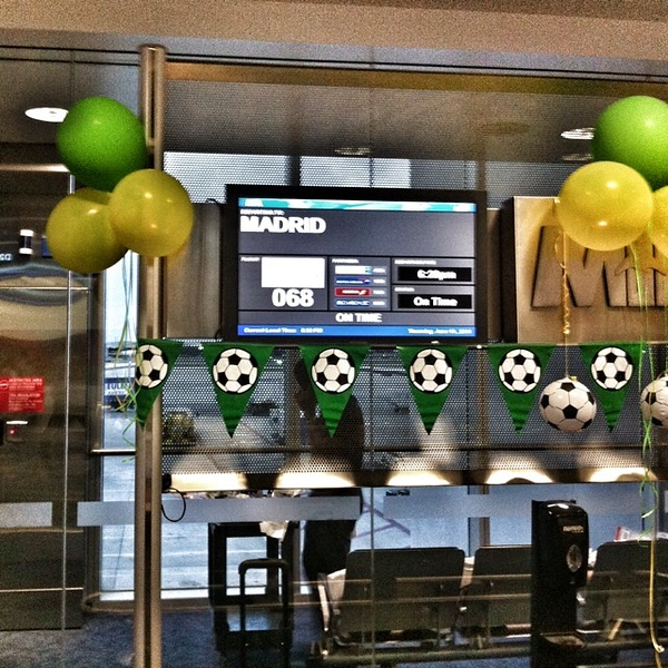 Given the results, I wonder if people connecting from Brazil will appreciate the balloons. #worldcup