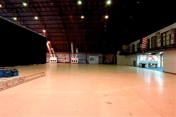 SM hangar