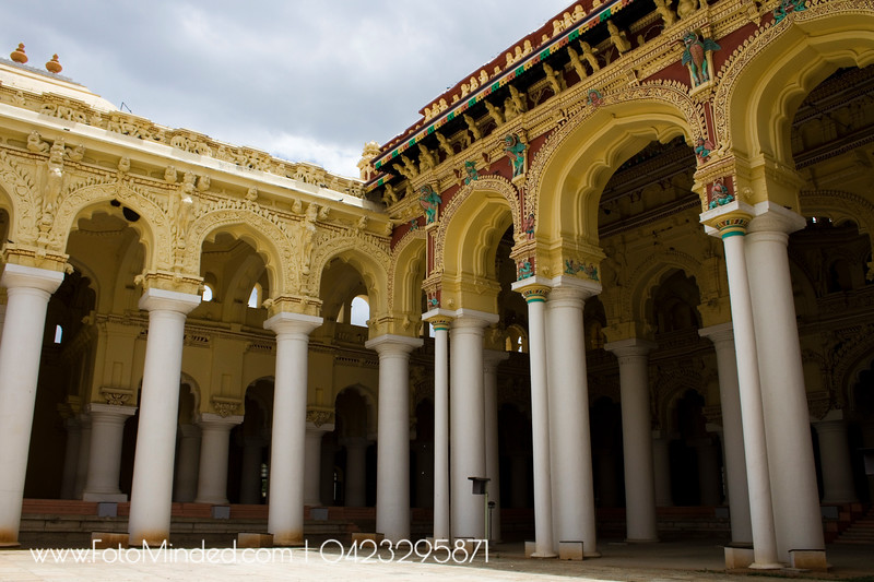 The dynasty consisted of 13 rulers, of whom 9 were kings, 2 were queens, and 2 were joint-kings. The most notable of these were the king, Tirumalai Nayak (who built this palace - Thirumalai Nayakar Mahal), and the queen, Rani Mangammal. Foreign trade was conducted mainly with the Dutch and the Portuguese, as the British and the French had not yet made inroads in the region
