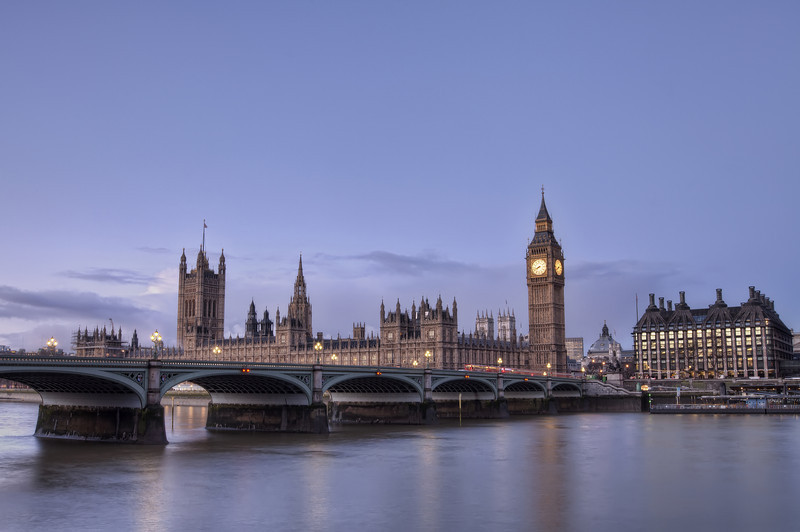 House-of-parliement-early-morning2.jpg
