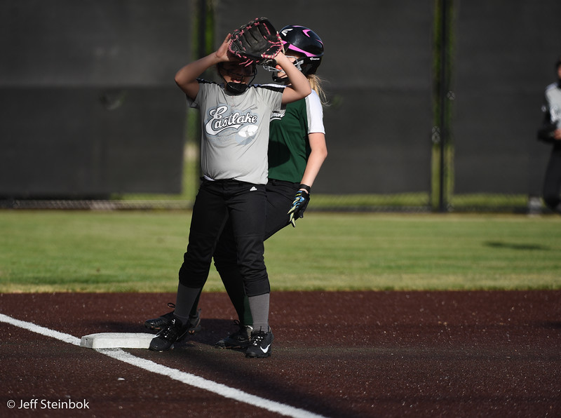 Softball - 2019-05-13 - ELL White Sox vs Sammamish (6 of 61).jpg