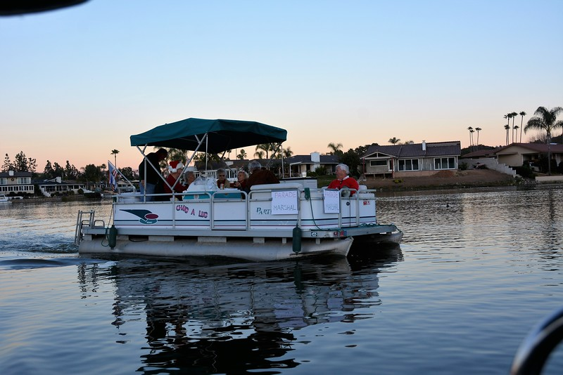 Yacht Club Christmas Boat Parade 2107