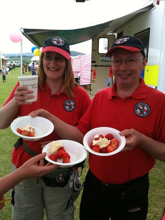 Draycott Strawberry Fair - June 2010