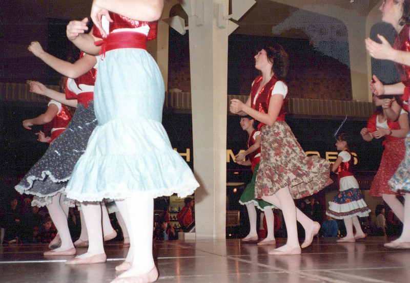Dance_2686_a.jpg