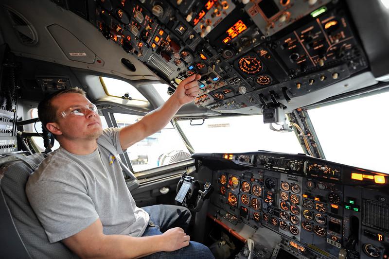 cockpit_0009.jpg