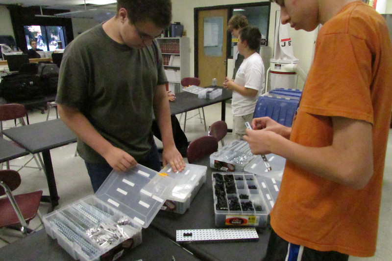 VEX members begin to build their robot
