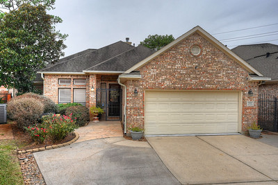 3122 HOLLY OAK COURT