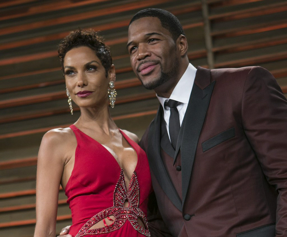 ". 10. (tie) MICHAEL STRAHAN & NICOLE MURPHY <p>Parting couple found it just too hard to juggle work and cheating schedules. (unranked) </p><p><b><a href=""http://www.people.com/article/michael-strahan-nicole-murphy-dating-other-people\"" target=\""_blank\""> LINK </a></b> </p><p>    (Adrian Sanchez-Gonzalez/AFP/Getty Images)</p>"