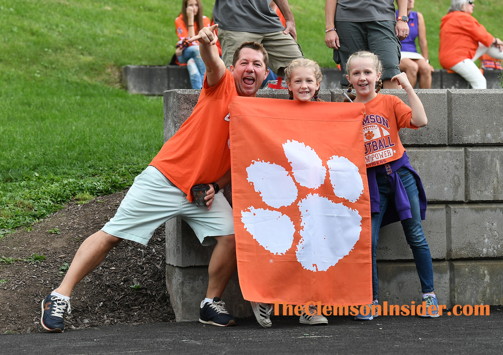 Clemson fans meet the Tigers as they arrive at the Dome in Syracuse, N.Y. to play the Syracuse Orange Saturday, September 14, 2019. Bart Boatwright/The Clemson Insider