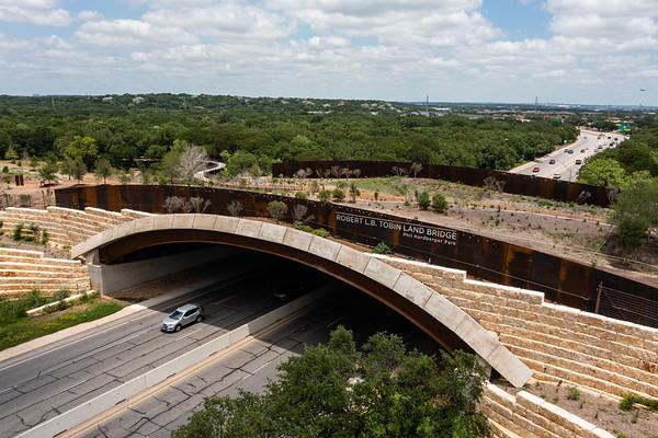 Texas Railing Systems - Hardberger Park Skywalk