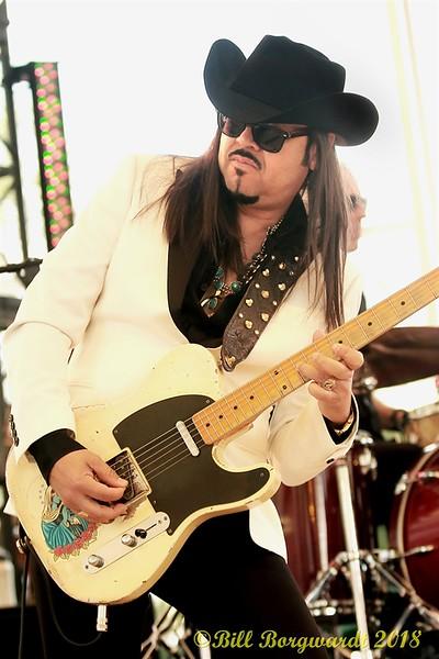 Eddie Perez - The Mavericks - Interstellar Rodeo 108.jpg