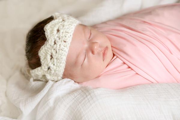 Isla ~ Newborn