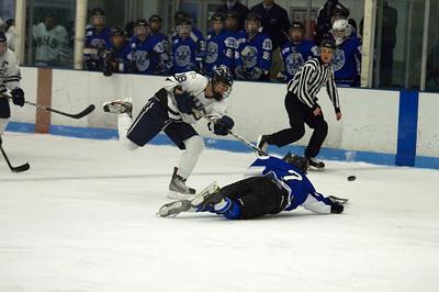 2011.12.17 Medway HS Hockey vs DS