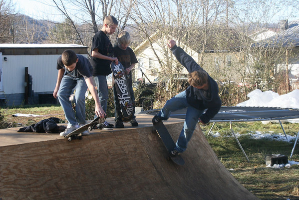 Skateboarding on Halfpipe - January 2009