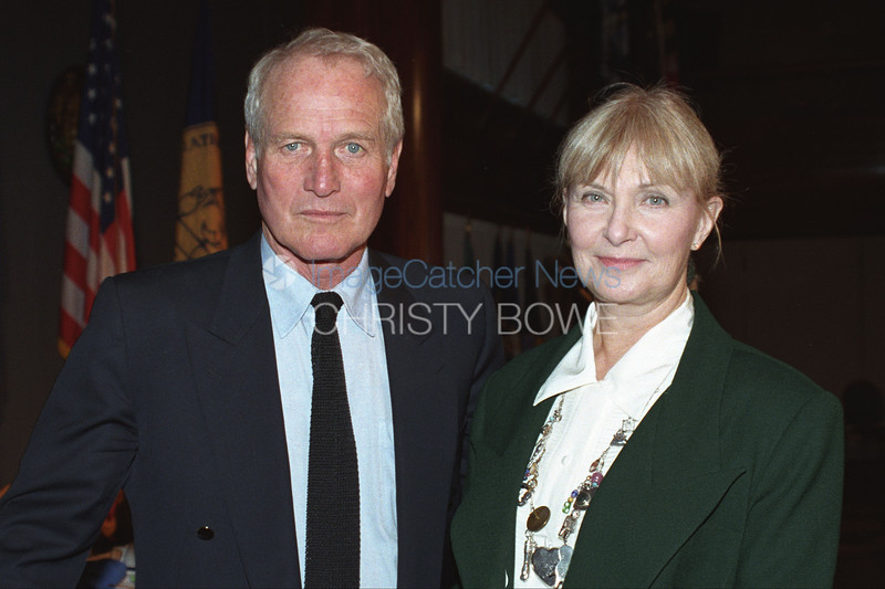 Legendary Actors Paul Newman and his wife Joanne Woodward pose for a picture.